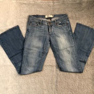 Abercrombie&Fitch light-wash distresses jeans- 0S